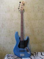 Продаю Fender Jazz Bass