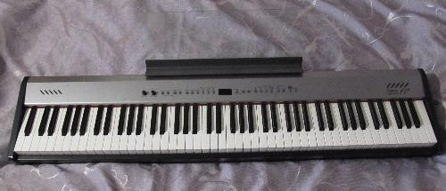 Продам Roland FP-2 [made in Japan]